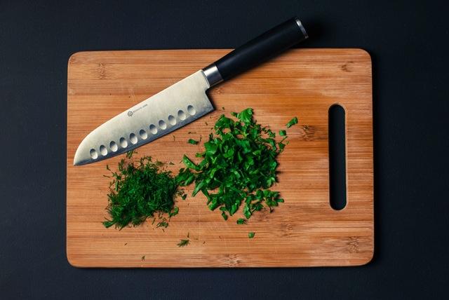 שף מקצועי שיודע לעשות אוכל טוב